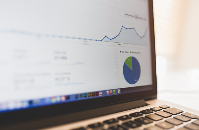 Esfuerzos de búsqueda de empleo y Google Trends